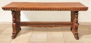 Tisch im Renaissance-Stil Oberitalien, wohl unter weitgehender Verwendung originaler Teile Die durch