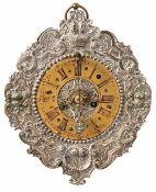 Vorderzappler Süddeutschland, um 1750 Die Vorderplatine mit hochgetriebenem und graviertem Dekor aus