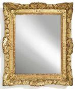 Louis-XV.-SpiegelFrankreich, 18. Jh.Drehstab, kanneliertes Flachprofil mit Akanthusecken und