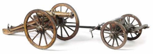 ModellkanoneMitte 19. Jh.Einachsiger Protzwagen mit kleiner Truhe für Munition, Wagen mit Lafette,