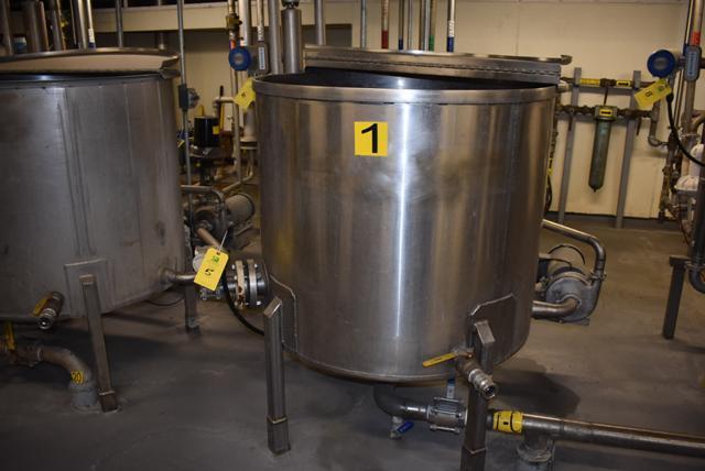 "Lot 5 - Stainless Steel Tank w/Lid, 42"" Diameter x 36"" Depth/210 Gallon Capacity, Motor and Circulating"