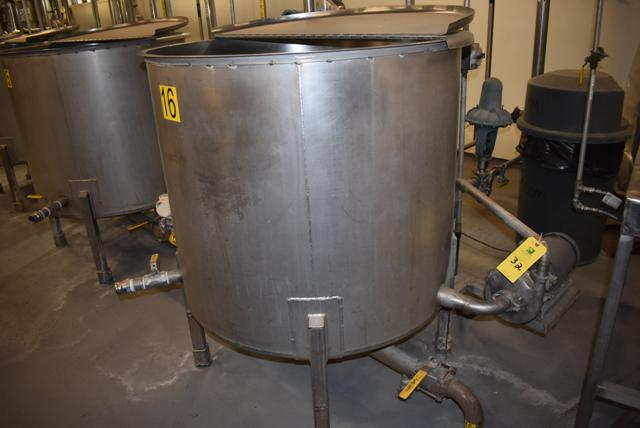 "Lot 32 - Stainless Steel Tank w/Lid, 42"" Diameter x 36"" Depth, Motor & Circulating Pump, Tank Sensor, SS"