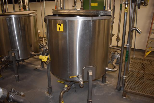 "Lot 17 - Stainless Steel Tank w/Lid, 42"" Diameter x 36"" Depth/210 Gallon Capacity, Motor and Circulating"