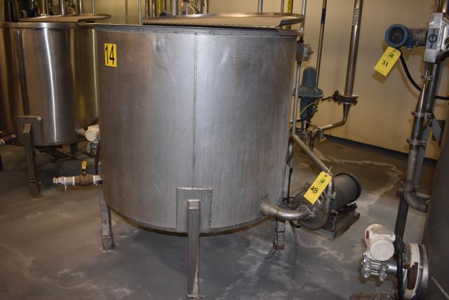 "Lot 28 - Stainless Steel Tank w/Lid, 42"" Diameter x 36"" Depth, Motor & Circulating Pump, Tank Sensor, SS"
