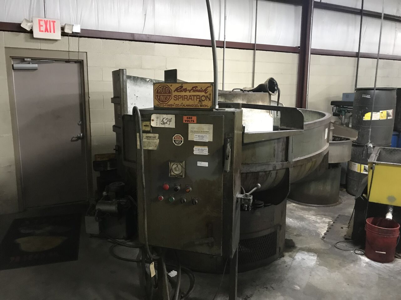 Lot 8 - Roto Finish, Model # = ST-405, Serial = 715669, Volts = 480, Hours = 182,339