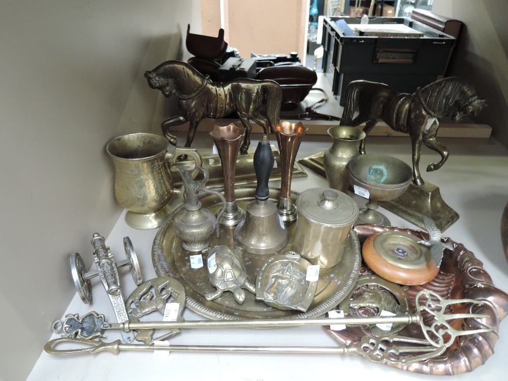 Lot 31 - A selection of vintage brass wares including horse mantle decorations
