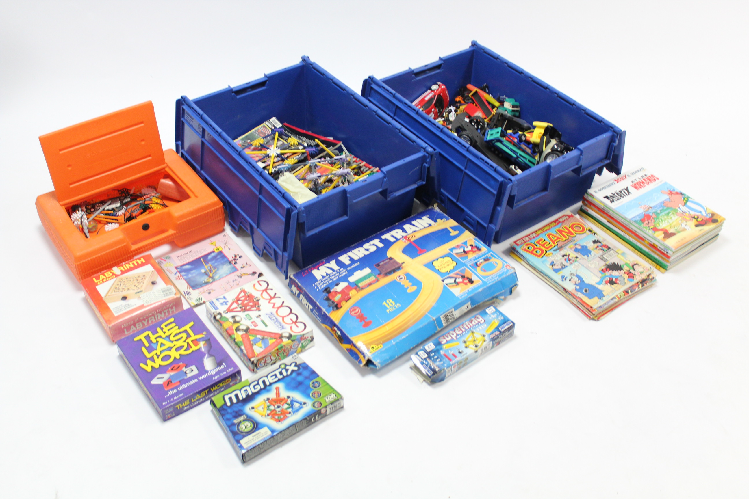 Lot 20 - Various children's toys, comics, books, etc.