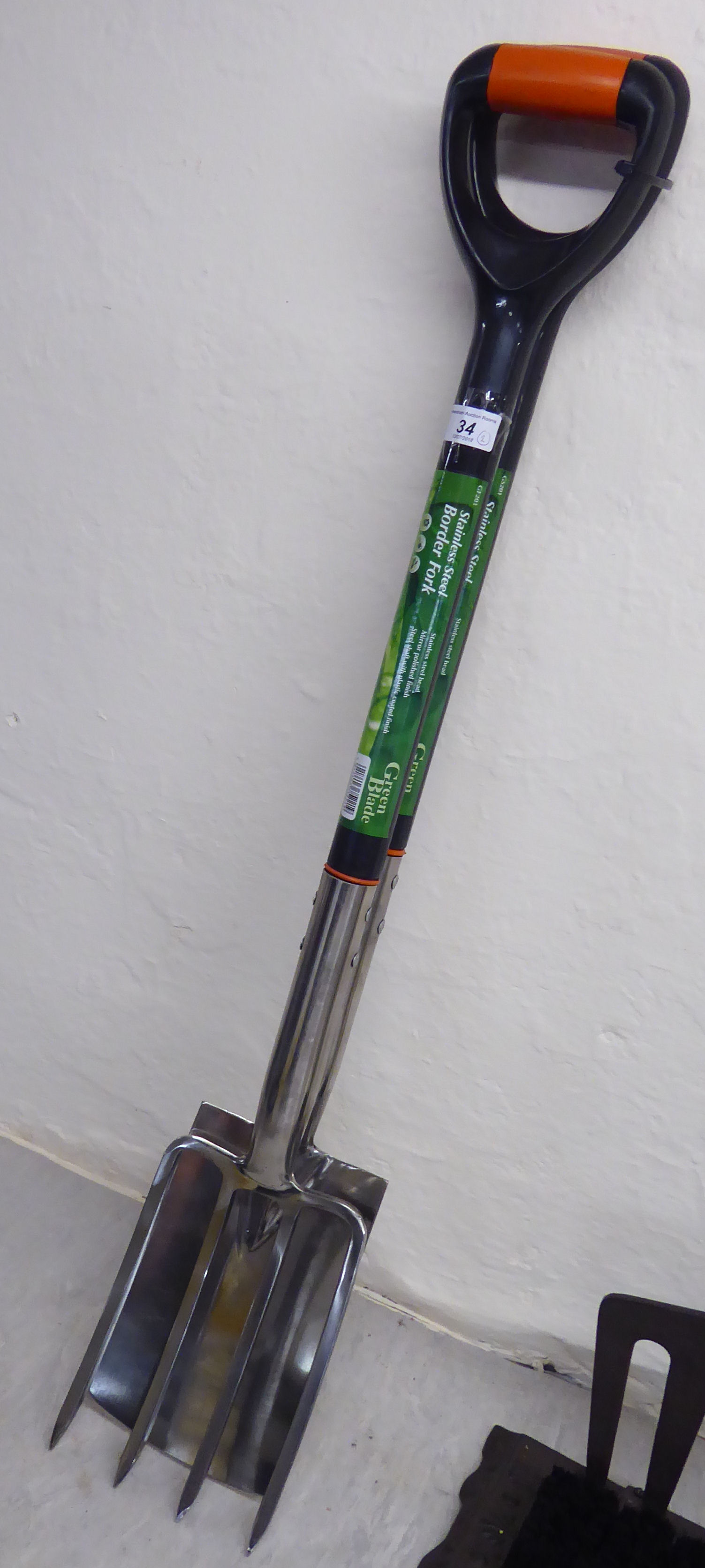 Lot 34 - A Green Blade stainless steel garden fork and spade BSR