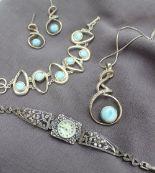 Lot 7 - A silver bracelet,