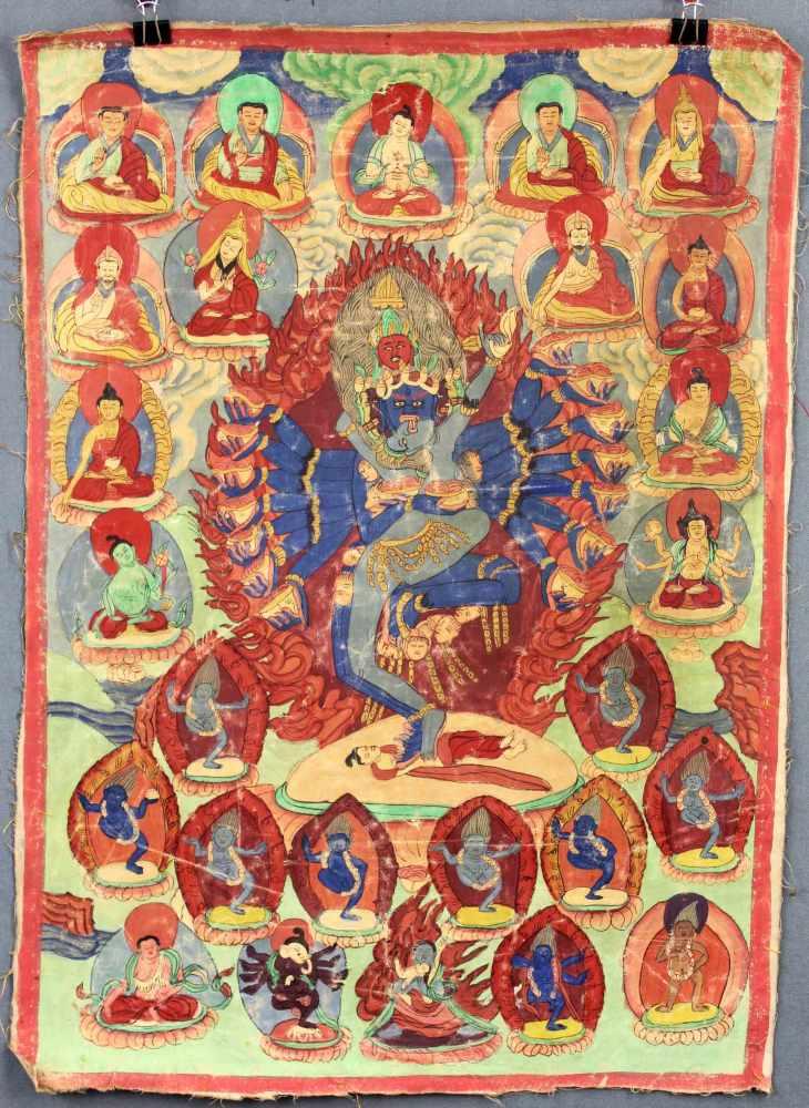 Lot 40 - Chakrasamvara / Vajravarahi ? Thangka, China / Tibet alt.58,5 cm x 42 cm. Gemälde.Chakrasamvara /