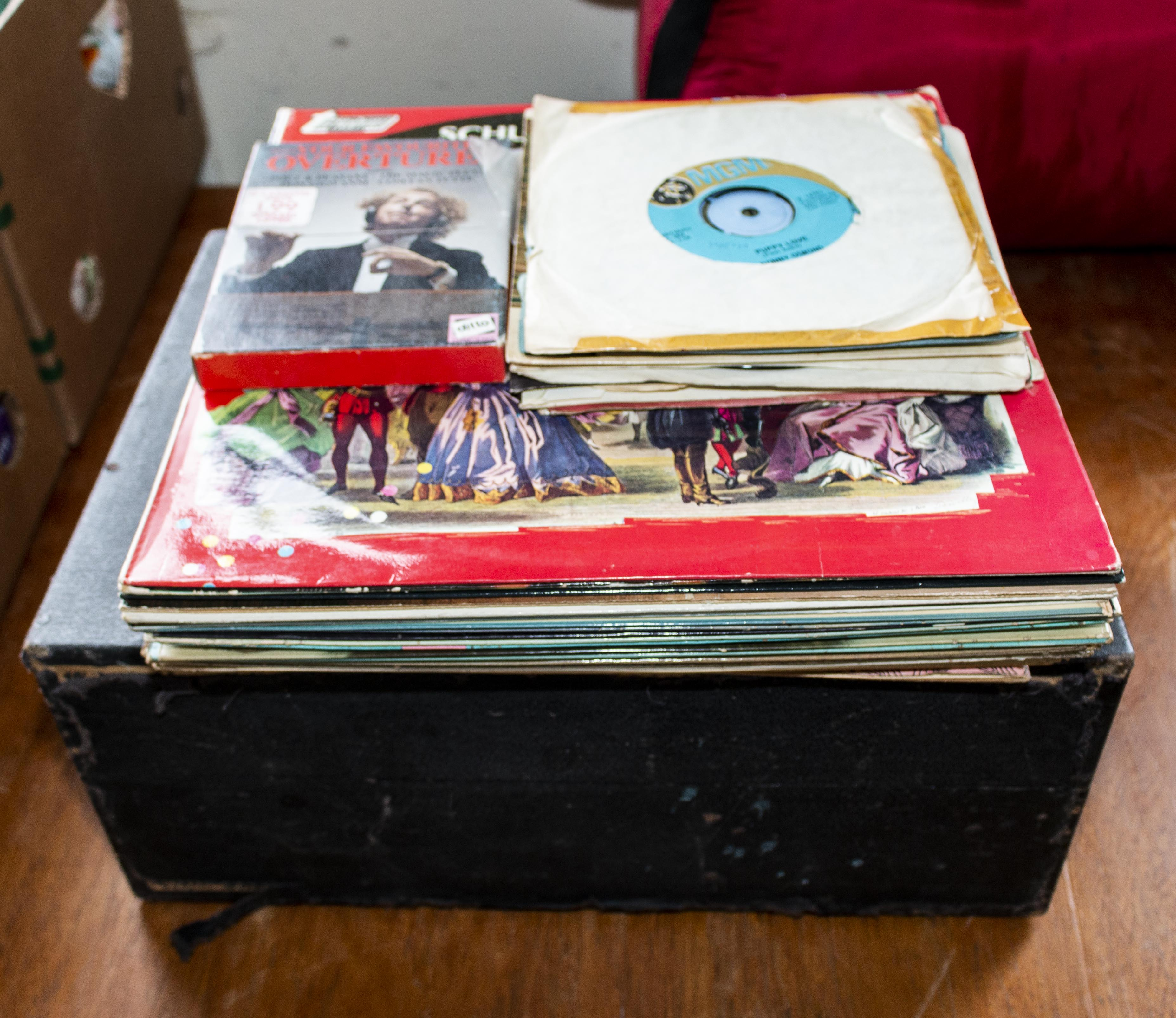 Lot 10 - A vintage record player and records