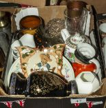 Lot 47 - A box containing assorted pottery and glass