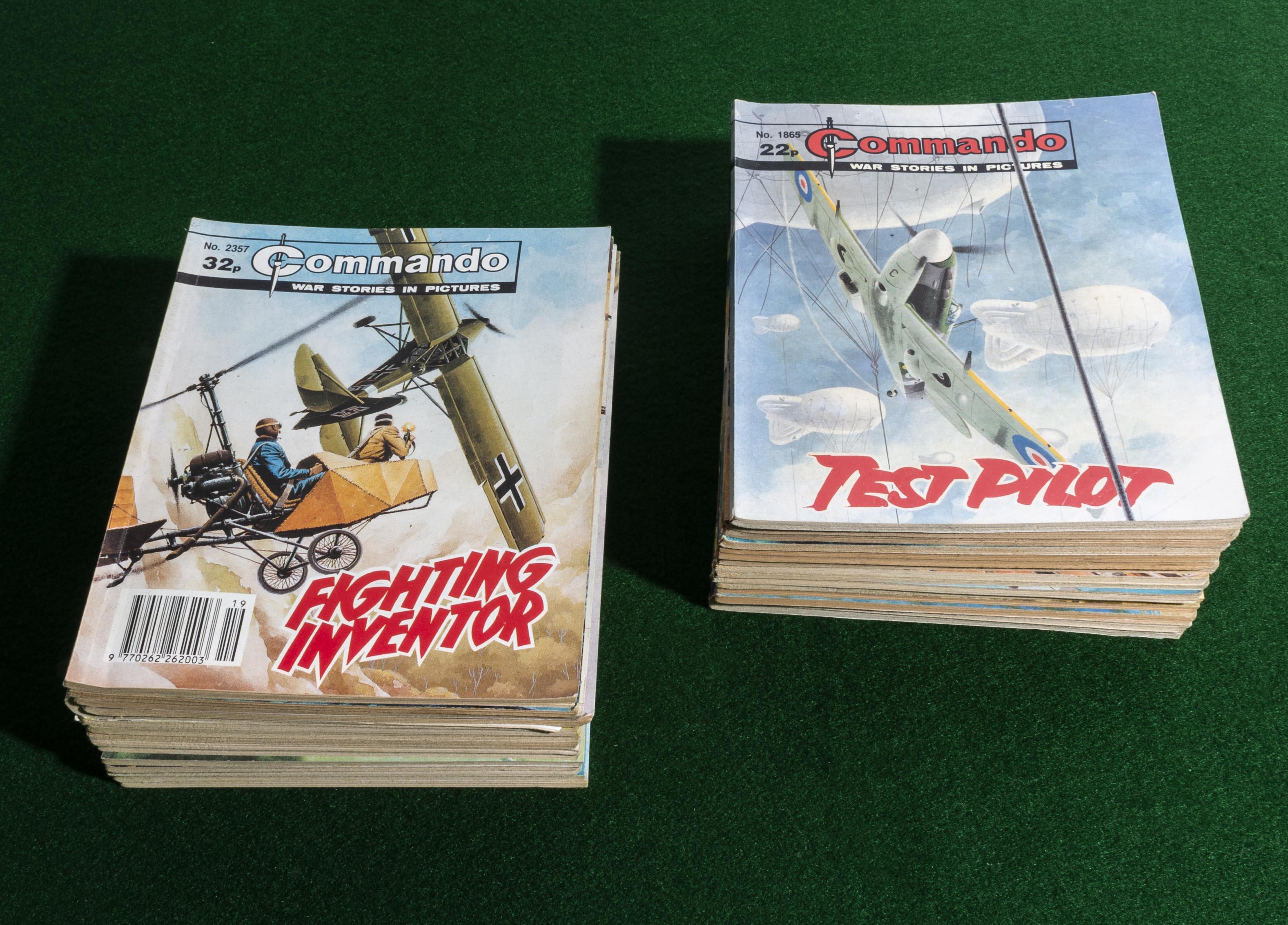 Lot 15 - 30 Commando comic books 1985/90