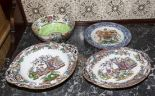 Lot 399 - Four pieces of pottery including a plate with the Canadian coat of arms