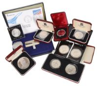 A collection of International Silver Coinage(15)