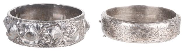 An attractive Continental white metal 'rose bud' bangle