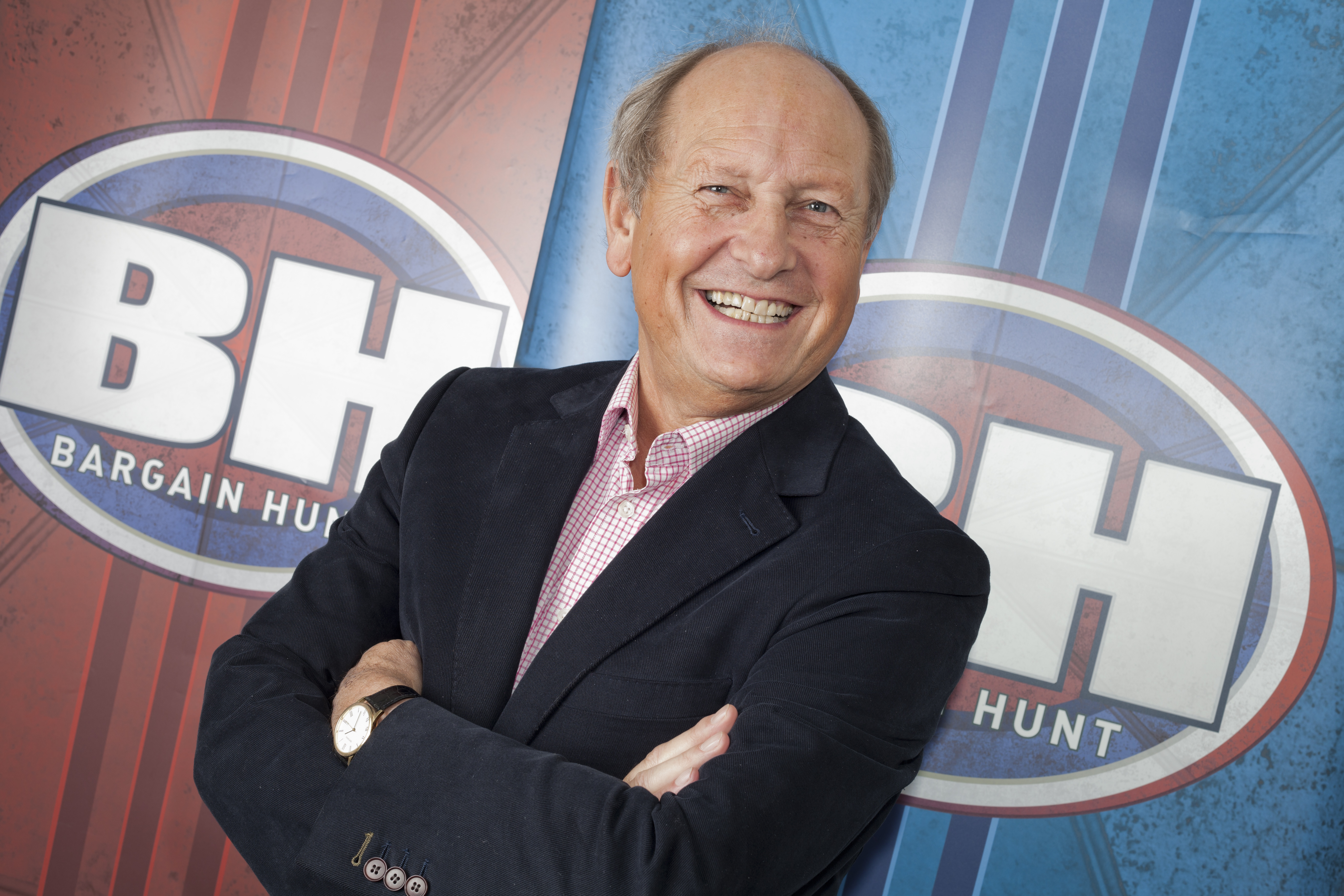 Lot 66 - **Watch a Middlesex County match at Lord's with Bargain Hunt presenter, Cricket fanatic Charlie Ross