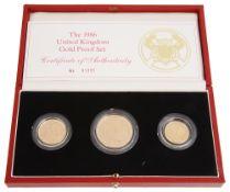 A cased 1986 UK 22ct Gold Proof Set