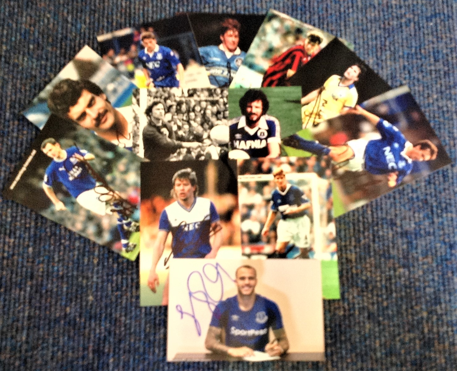 Lot 11 - Everton FC signed 6x4 photo collection. 12 photos. Including Barton, Lawson, Holmes, Heath, Lyons