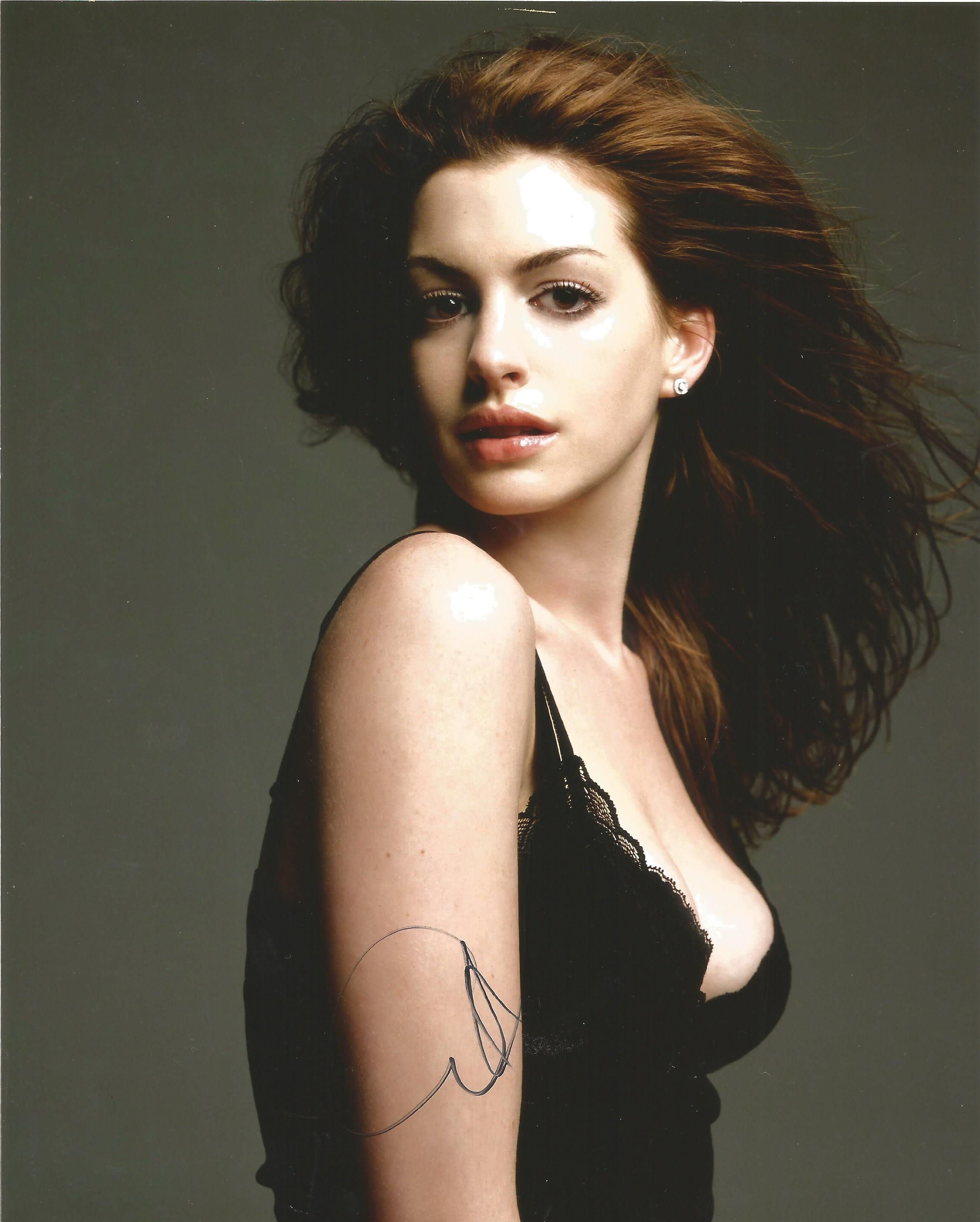 Lot 47 - Anne Hathaway signed 10 x 8 colour Photoshoot Portrait Photo, from in person collection