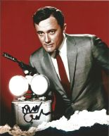 Lot 62 - Robert Vaughan signed 10 x 8 colour The Man From Uncle Portrait Photo, from in person collection