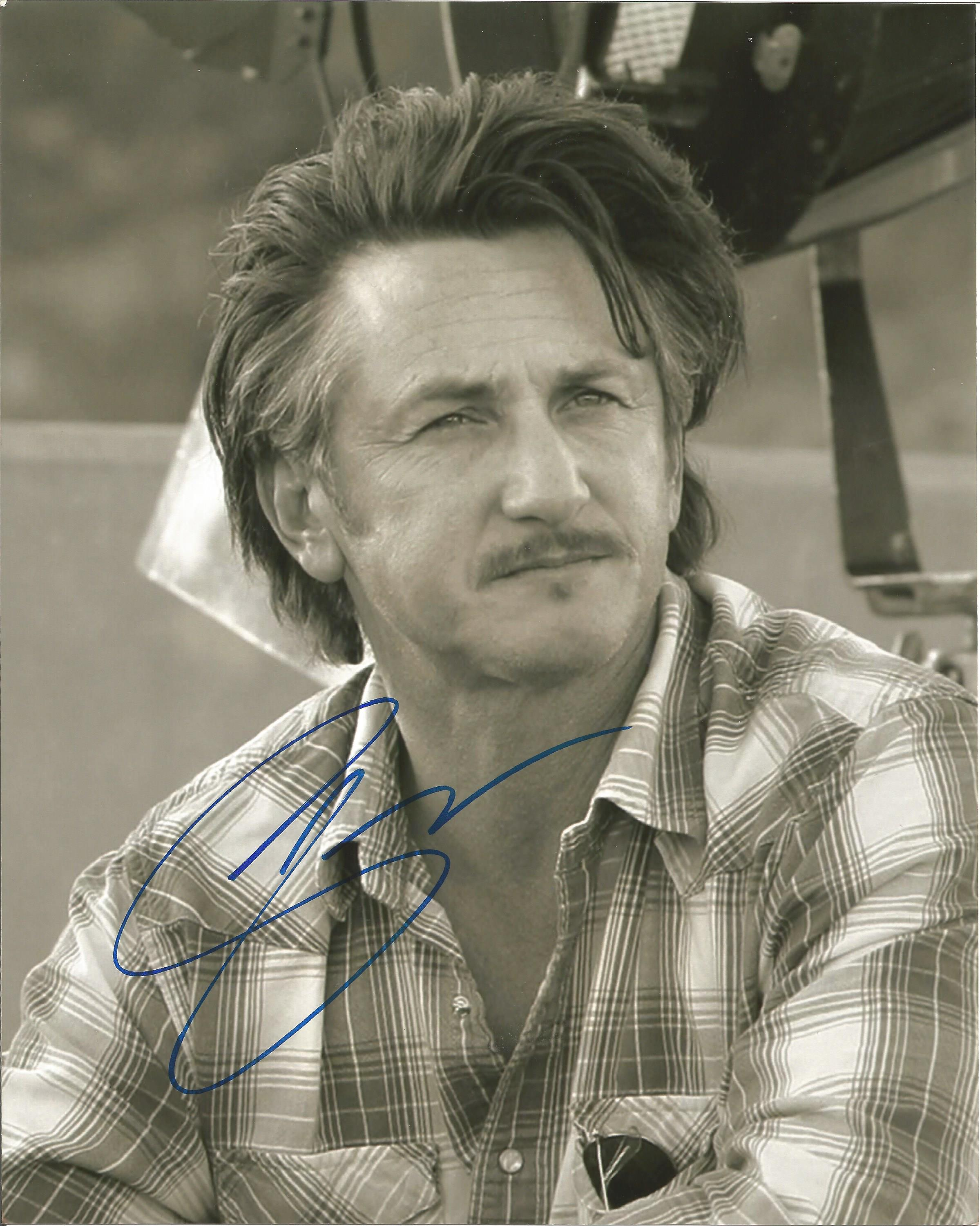 Lot 42 - Sean Penn signed 10 x 8 colour Photoshoot Portrait Photo, from in person collection autographed at