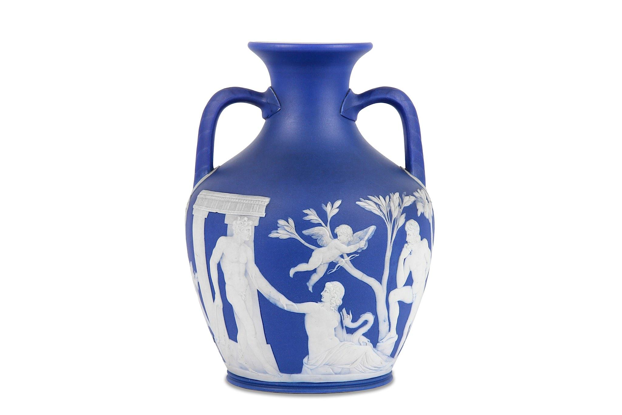 Dating wedgwood portland vase