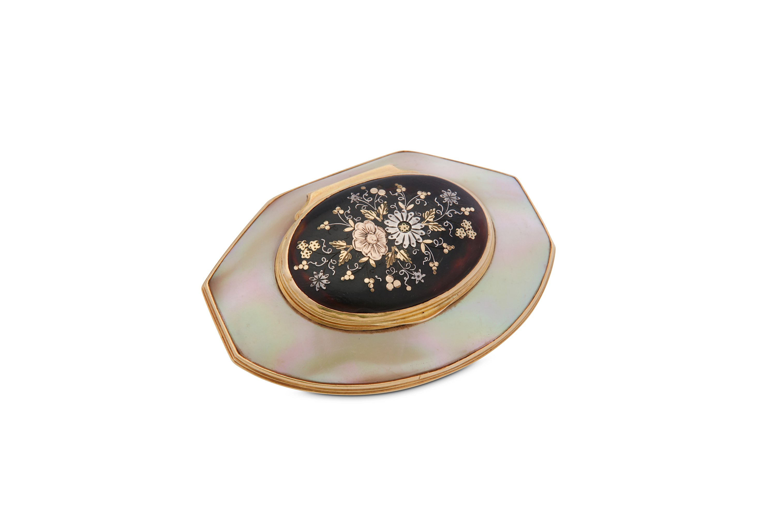 Lot 48 - A George II gold-mounted mother of pearl and tortoiseshell snuff box, circa 1740
