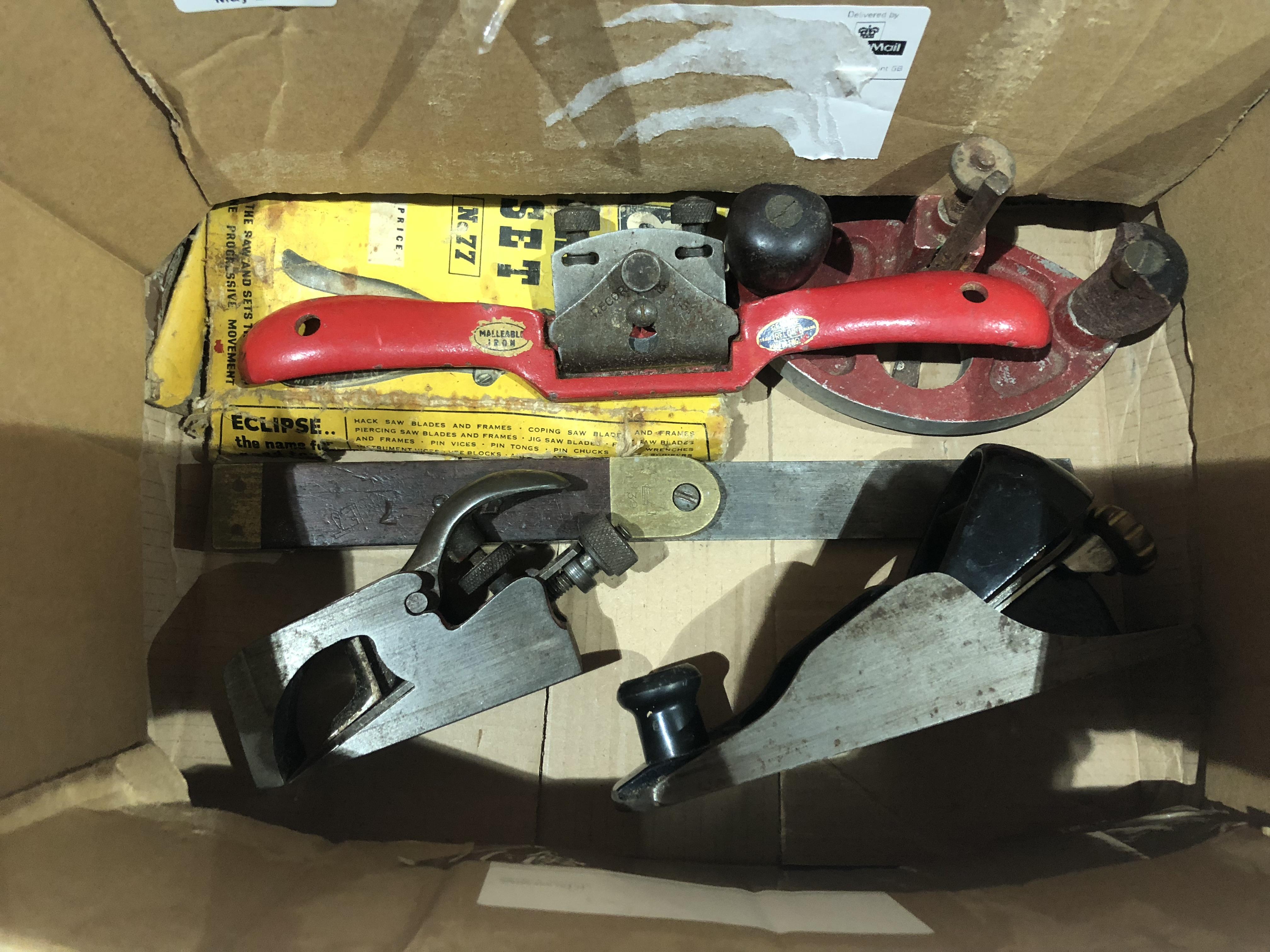 Lot 36 - A box tools G