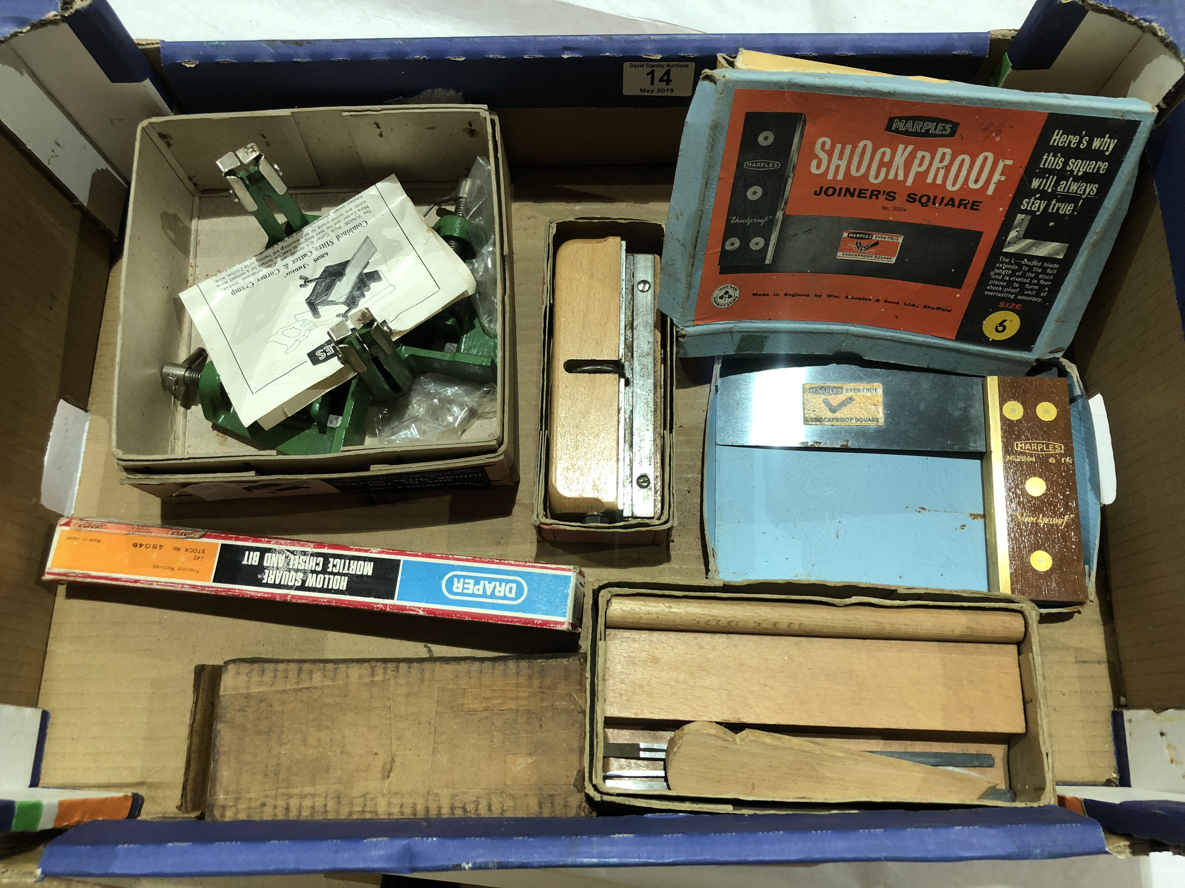 Lot 14 - A box of tools in orig boxes