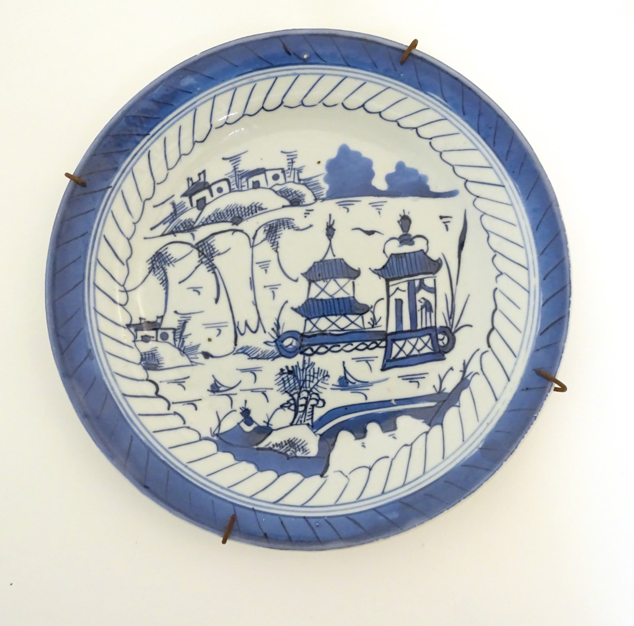Lot 15A - An 18th/19thC Anglo-Chinese blue and white hand-painted plate,