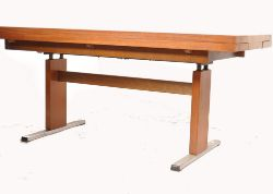 Online 20th Century Design & Retro Interiors Auction - WORLDWIDE DELIVERY AVAILABLE ON ALL LOTS - see www.eastbristol.co.uk