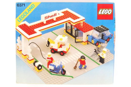 An Original Vintage 198039s Lego Legoland Set No 6371 39