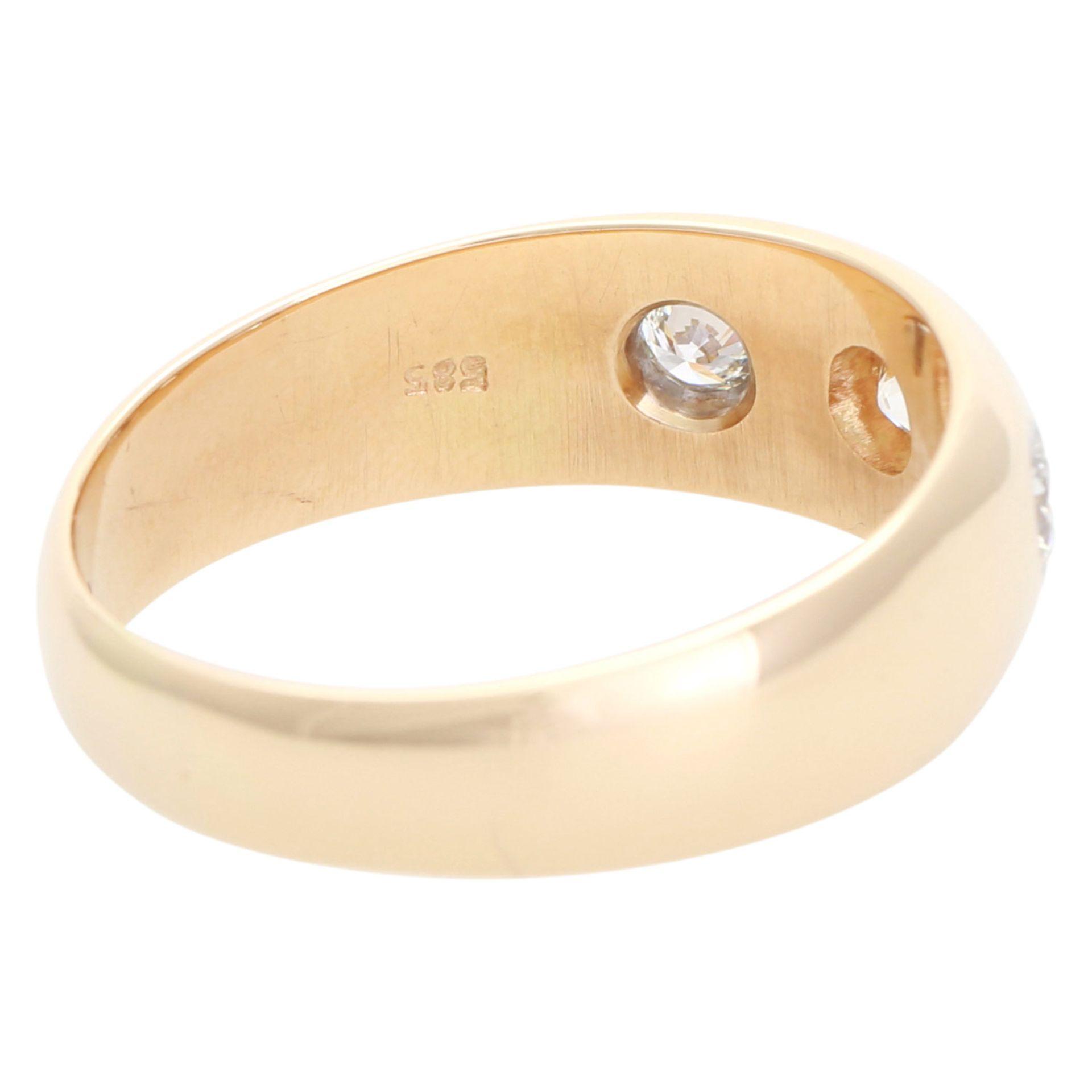 Los 26 - Ring mit 2 Brillanten,1 Altschliff Dia. GG 14K, Dia. zus. ca. 0,5 ct, LGW - GW (I - K) - VS, RW ca.