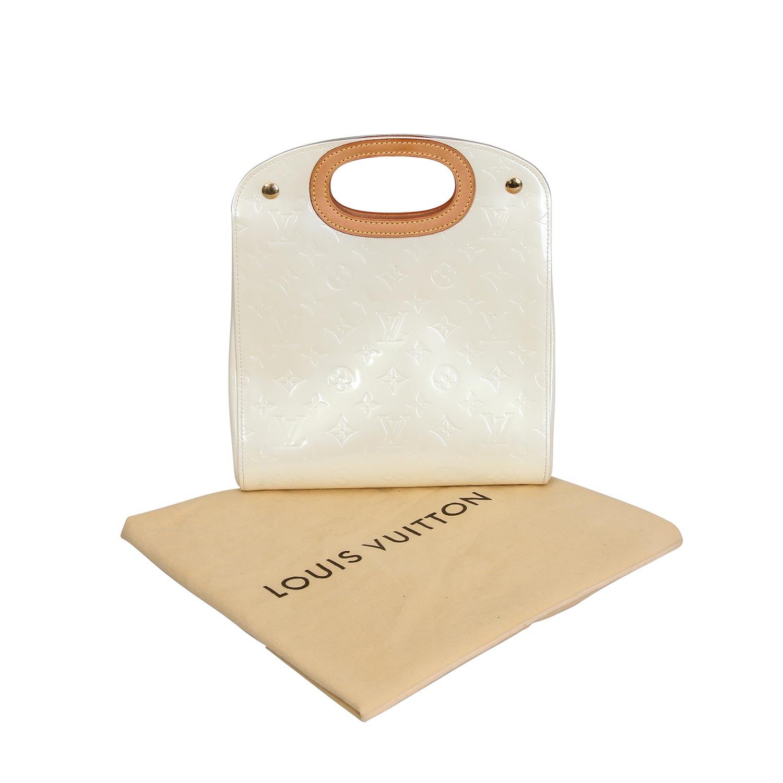 "Lot 6 - LOUIS VUITTON Handtasche ""MAPLE DRIVE"", Koll.: 2005.Letzter LP.: 1.200,-€. Monogram Vernis Serie"