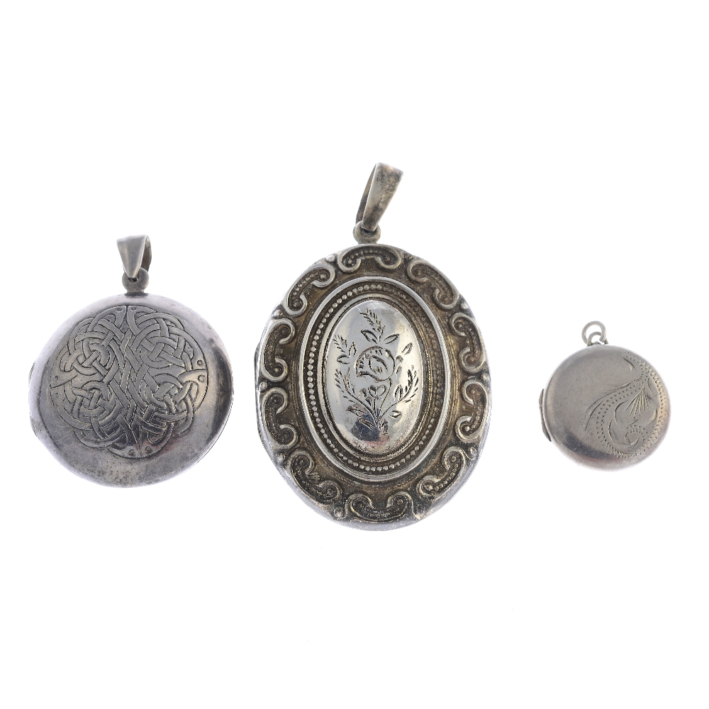 Lot 26 - Thirty-nine silver and white metal lockets. To include a silver locket of oval outline with embossed