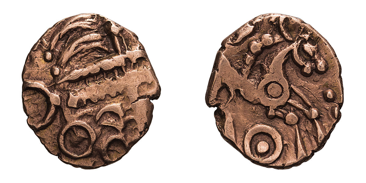 Lot 37 - Lot of two gold quarter staters, Celtic Britain, Iceni. .