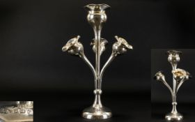 Art Nouveau - Superb Quality Tulip Shaped Solid Silver Epergne of Excellent Proportions and Form.