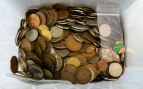 Large Tub of Mixed Coinage from around the world. Much of it is GB.