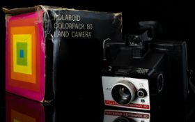 Polaroid Colour pack 80 Land Camera with Original Box. Good Condition In All Aspects.