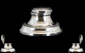 George V - Small Sized Silver Lidded Capstan Inkwell of Circular Shape. Hallmark Birmingham 1923.