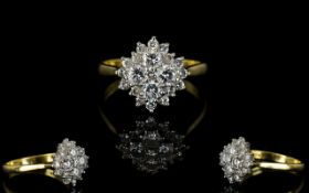 Ladies Attractive 18ct Gold, Diamond Set Cluster Ring.