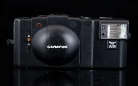 Olympus XA2 Range Finder 35 mm Compact Film Camera with Detachable Flash.