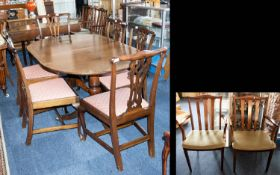 An Early 20th Century Extending Dining Table.