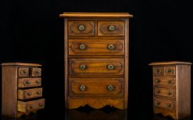 Georgian Period Good Quality - Handmade Oak Apprentice Piece Chest of Drawers. c.1900 - 1910.