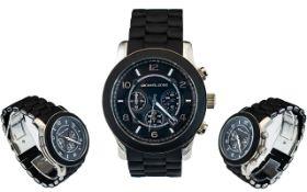 Michael Kors MK8107 Runway Silicone / Black Rubber Chronograph Bracelet Watch.
