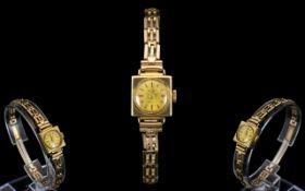 Accurist Ladies 1950's 9ct Gold Mechanical Wind-up Bracelet Watch.
