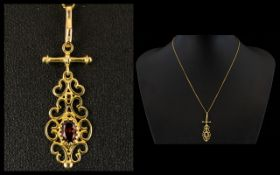 9ct Gold Topaz Set Pendant with Attached 9ct Gold Chain.