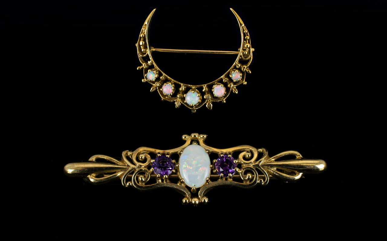Lot 14 - Antique Period - Superb Quality 9ct Gold Cresent Shaped Brooch - Set with Opals. Fully Hallmarked.