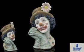 Lladro Superb Quality Porcelain Clown Po